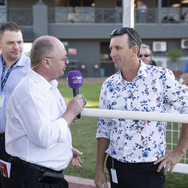 Garry Lefoe Jr's I Am The Fox's home straight dash secures St Patrick's Day Cup